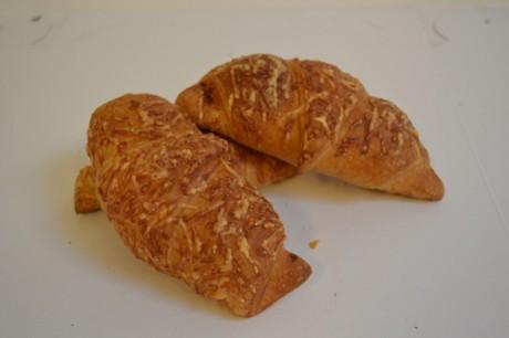 ham-kaas-croissants